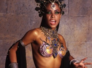10 Cool Last Minute Costume Ideas for Black Ladies.
