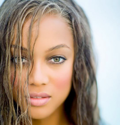 Must See: Tyra Banks In Star-Studded Sports Illustrated Show.