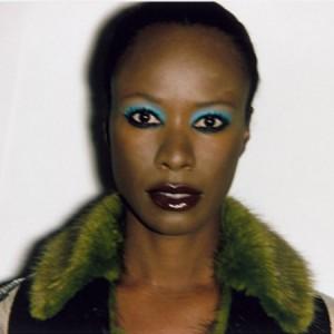 Stylish Women We Love.  Meet The Elegant Shala Monroque.