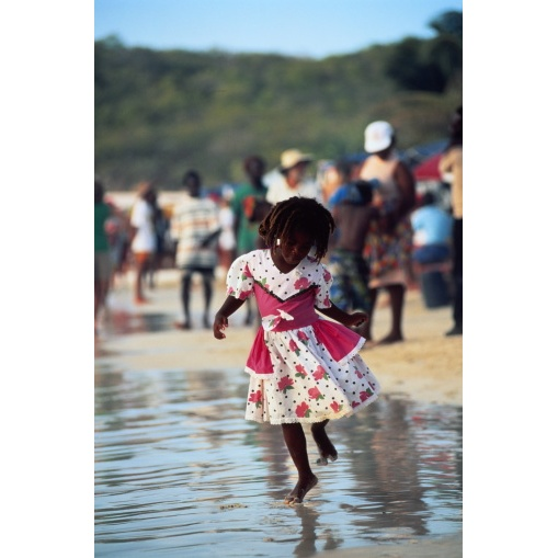 Little Girl, Antigua