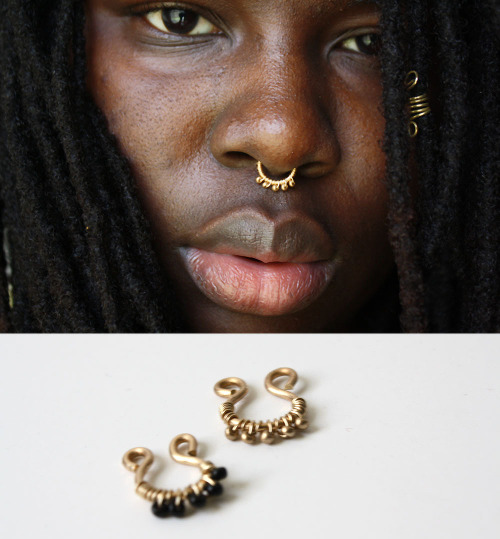 how to put on a faux septum ring