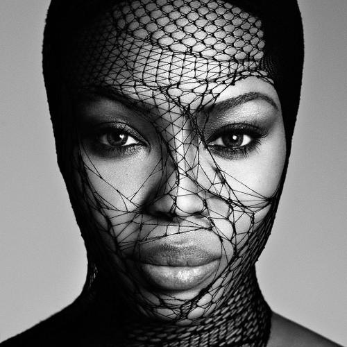 Naomi Campbell, exhibition Magazine