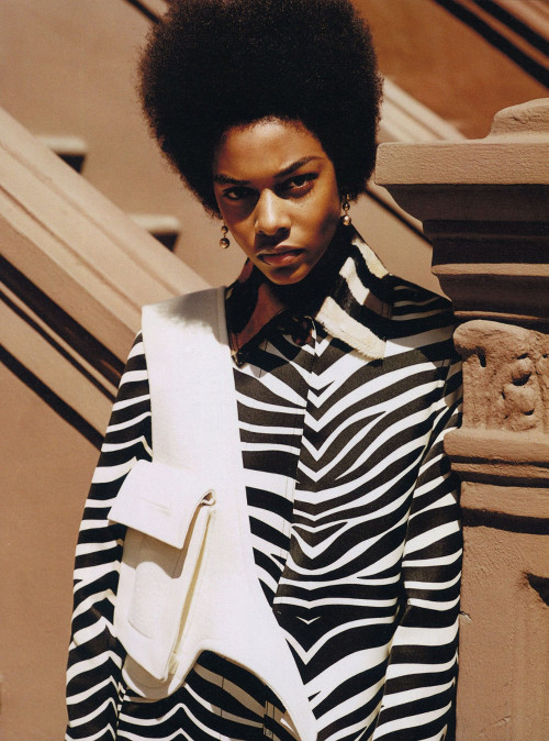 Karly Loyce, Models Natural Hair, Black Fashion Models, Black Fashion Magazine, African American Fashion Magazine