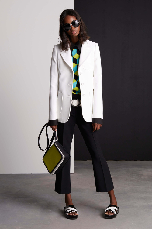 Tami Williams Michael Kors Resort 2016 Black Fashion Models