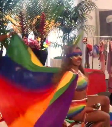 Beyoncé Celebrates Marriage Equality With a Fun Instagram Video Set to '7/11.'