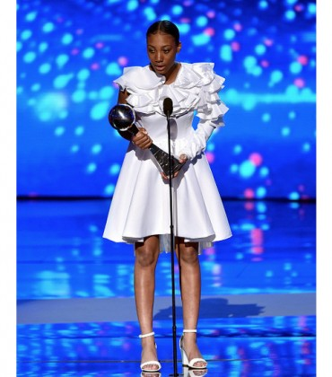 The 2015 ESPYs.  Mo'ne Davis Wins Best Breakthrough Athlete.  Danielle Green Receives Pat Tillman Award for Service. + Red Carpet.