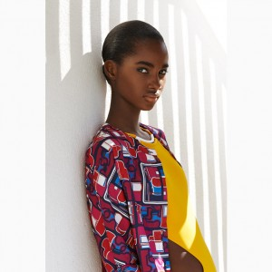 Editorials. Tami Williams.  Le Monde d'Hermes Spring/Summer 2015.  Images by Laetitia Hotte.