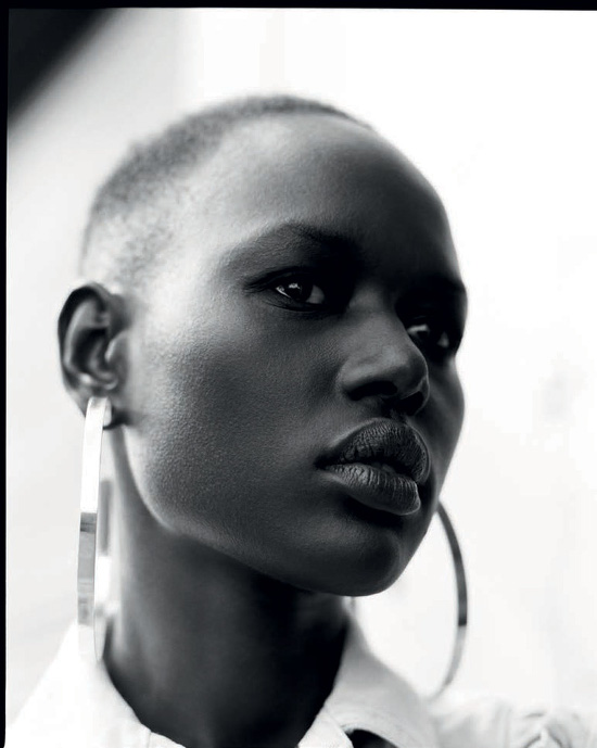 Ajak Deng nudes (44 pics), cleavage Topless, Twitter, butt 2017