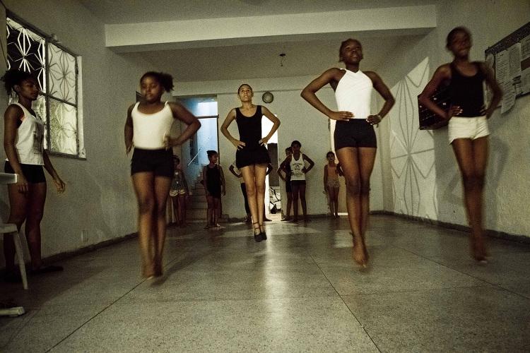 Ballet Brazil, Na Ponta dos Pés