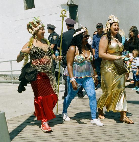 Mermaid Parade Brooklyn 2016