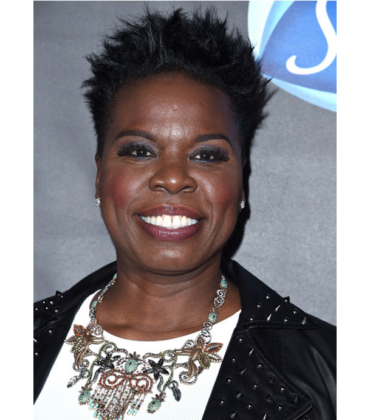 Leslie Jones Calls Out Fashion Industry For Refusing to Dress Her.  Christiano Siriano Steps In.