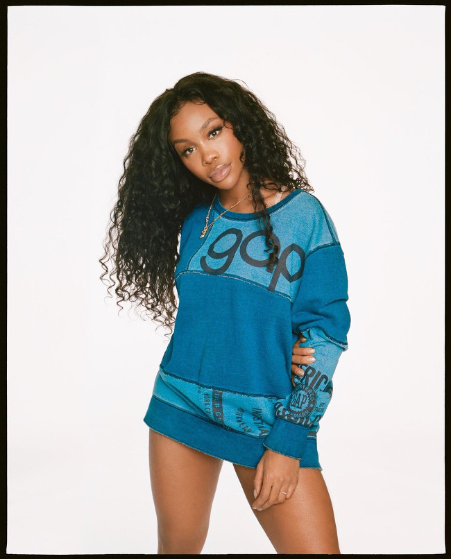 SZA Stars in GAP Campaign. | SUPERSELECTED - Black Fashion ...