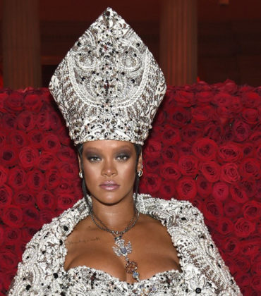 There are THREE Separate Versions of Rihanna's Met Gala Look in Existence.